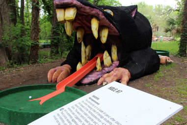 Art on the Green mini golf hole