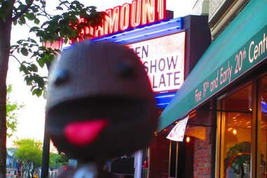 The Paramount, Huntington