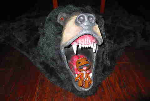 Sackboy in bear's mouth II