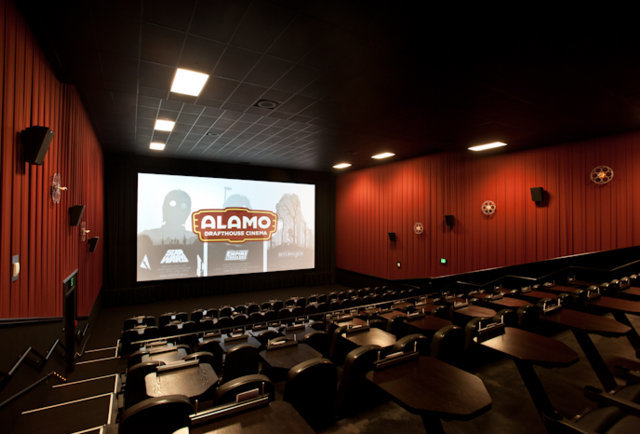 Food And Drink: Movie Theatre Where You Can Drink