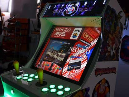 illuminated mini arcade