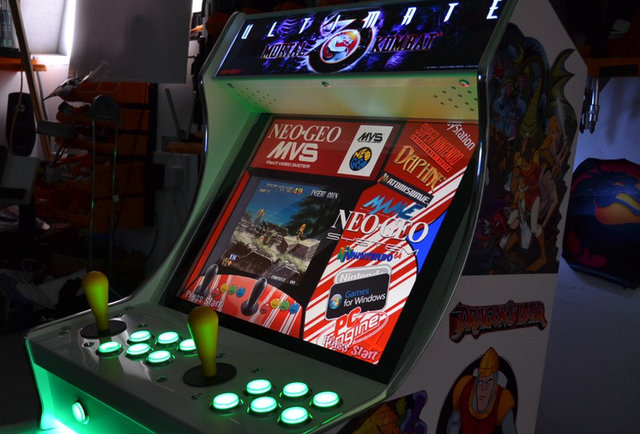 These tiny, old-school arcades play up to to 4000 games