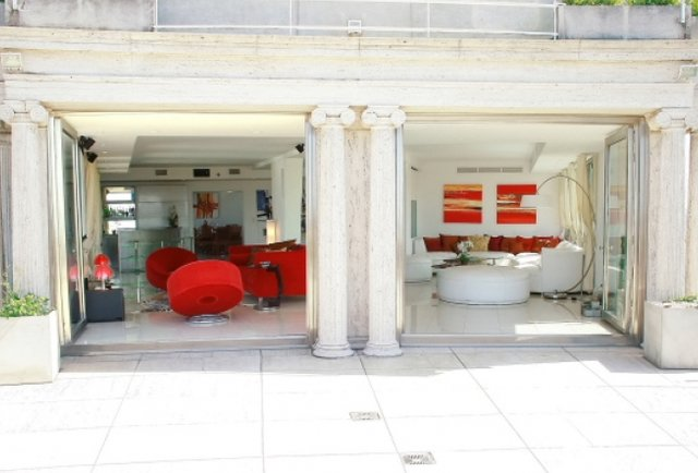 A five bedroom penthouse w/ discotheque in Buenos Aires