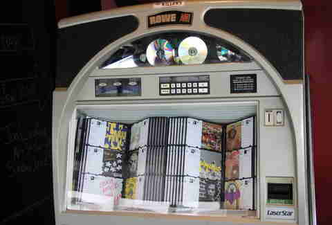 Jukebox at The Willows