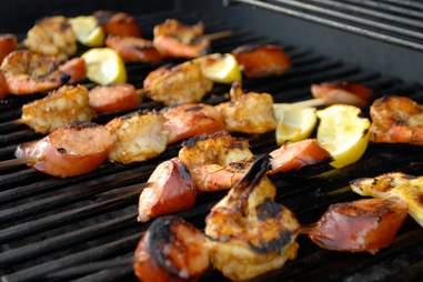 Jerk shrimp on the grill