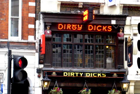 Exterior of Dirty Dicks in London