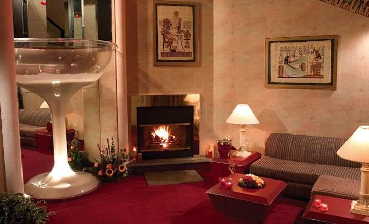 Poconos Resorts For Couples Thrillist