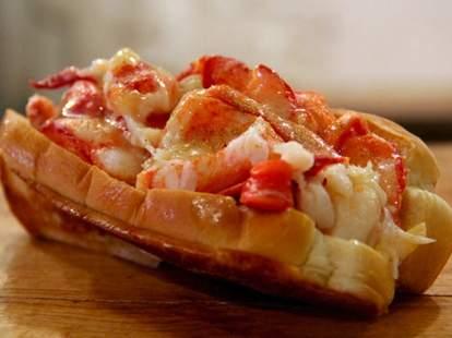 Luke's Lobster Roll - Weekend Playbook
