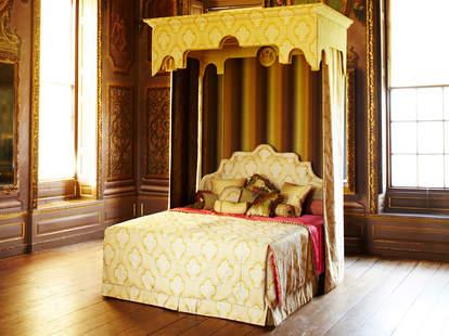 Savoir Beds Queen Mattress