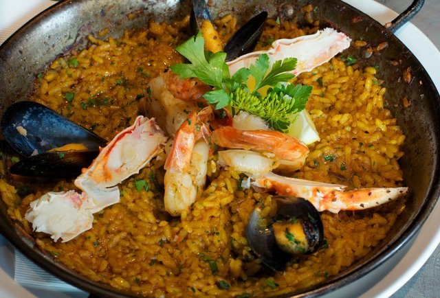 The Lazy Ox guy\'s Westside paella haven
