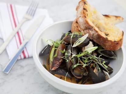 Salt Air Venice Mussels