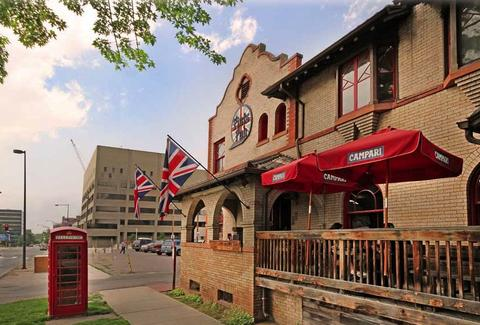 Exterior of Pints Pub
