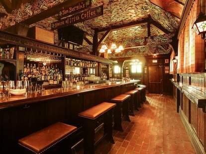 Tom Bergin's Bar--Los Angeles