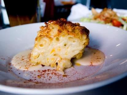 Mac 'n cheese at The Depot Tavern