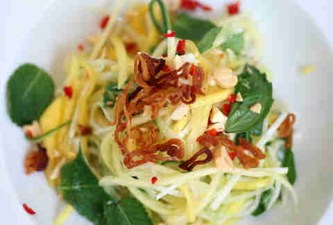 Green papaya salad at OON in the West Loop