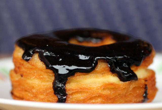 Cronuts are taking over Chicago -- here\'s where to get them
