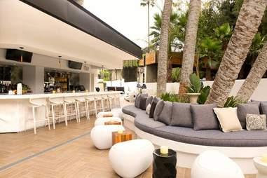 Hiatus pool and lounge san diego
