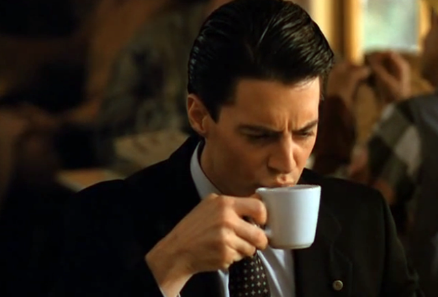 Watch every single coffee and pie reference in Twin Peaks