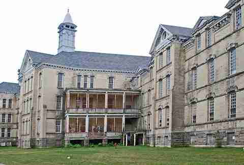 Traverse City Regional Psychiatric Hospital