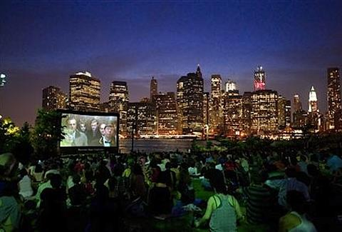 Movies at Brooklyn Bridge Park