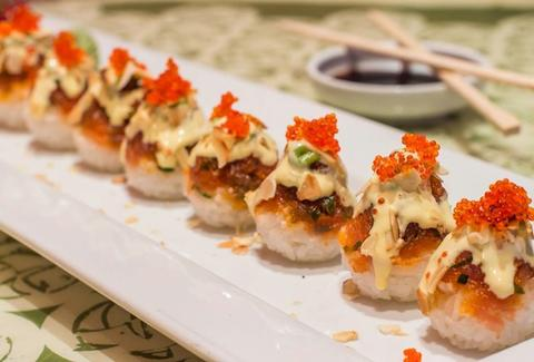 Spicy tuna, almonds, and tobiko roll at Temaris in Miami, FL