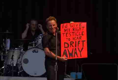 Bruce Springsteen funny fan sign