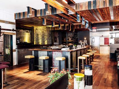 Joverse Cuisine & Bar