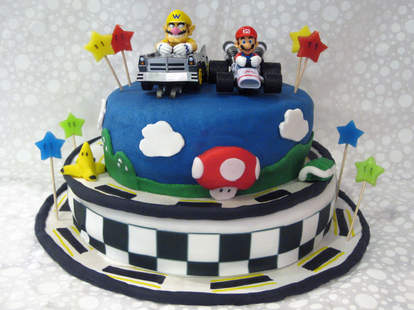 Sensational 10 Old School Video Game Cakes Thatll Make You Want To Eat Your Funny Birthday Cards Online Alyptdamsfinfo