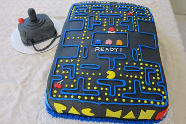 Outstanding 10 Old School Video Game Cakes Thatll Make You Want To Eat Your Funny Birthday Cards Online Alyptdamsfinfo