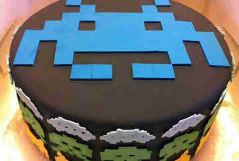 Space Invaders cake