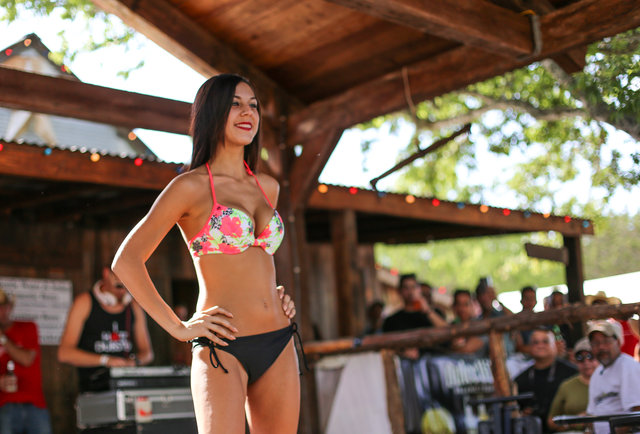 What does the town of Bikinis, TX look like? Hint: there\'s swimwear involved.