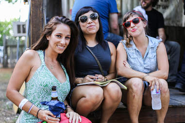 girls at Bikinis, TX