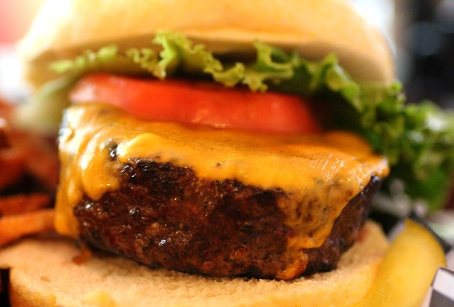 These are Miami\'s 5 best burgers