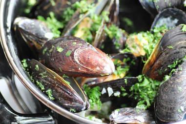 Mussels at Bart Vandaele's B Too