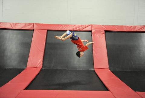 xtreme trampolines buffalo grove