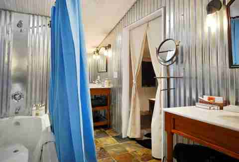 Ensuite bathroom at Cresto Ranch Tents