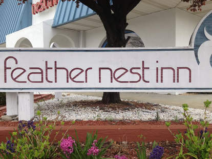 Feathernest Inn Exterior