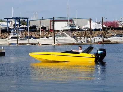Boston Harbor Mini Speedboats