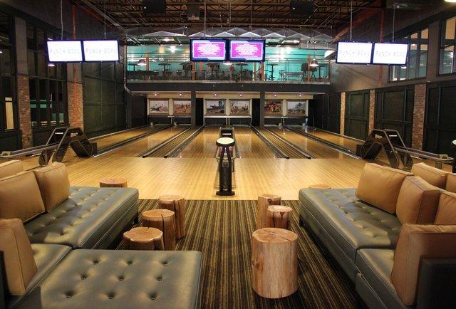 Best Bowling Alleys In America Thrillist