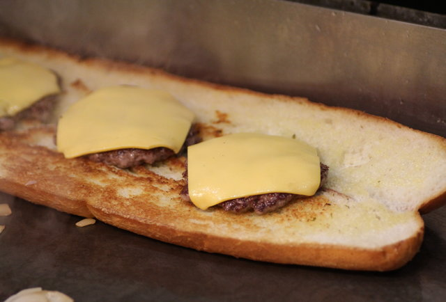 A step-by-step guide to the largest, craziest sandwich that\'s ever existed