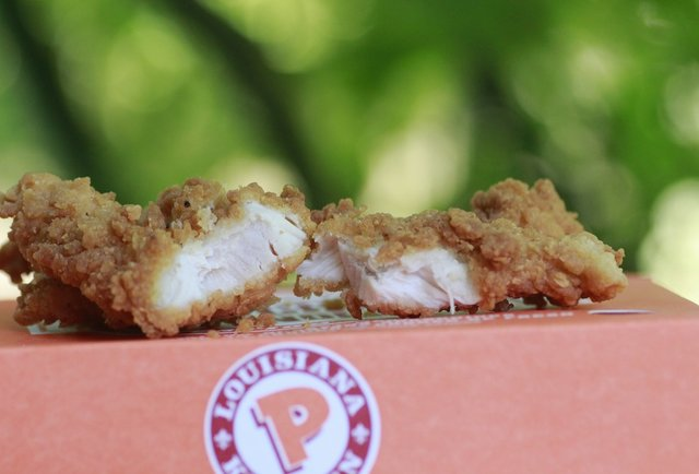 Biting into Popeyes\' beautiful, beguiling Chicken Waffle Tenders: the taste-test