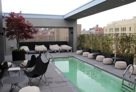 La Piscine rooftop - NYC