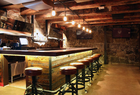 The bar at Granary Tavern