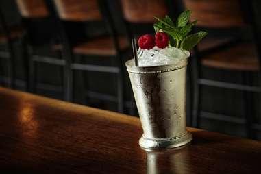 14 St Cocktails Kapnos2
