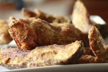 Chicken & jojos at Reel M Inn