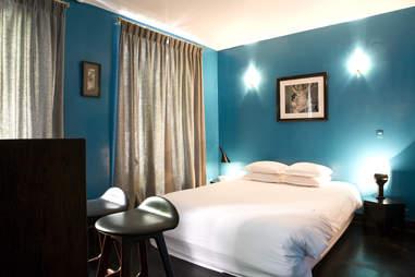 Hotel Amour Paris interior
