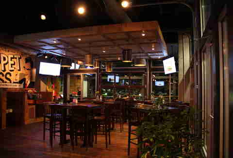 Interior of Tin Lizzy's in Perimeter