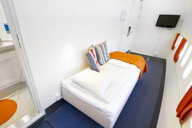 Single room at the Jumbo Hostel