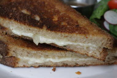 Grilled Cheese at Upright Brew House