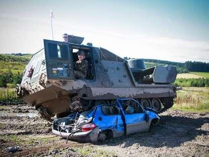 Tank Driving Main32